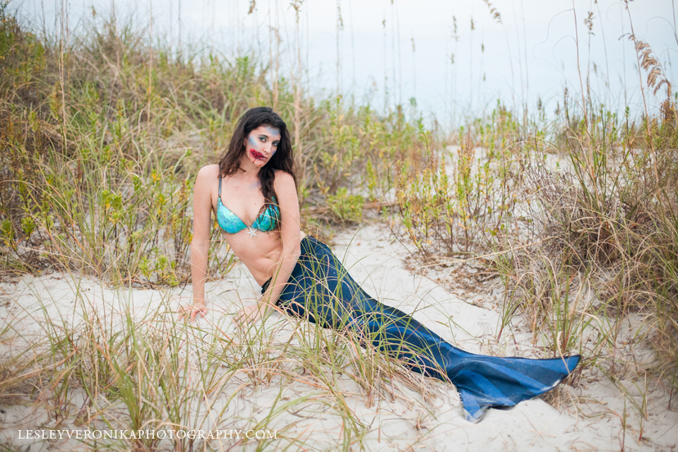 Wilmignton nc senior portraits, wilmingto nc senior photographer, wrightsville beach nc senior photography, senior beach portraits, high school senior portraits, wilmington nc photographer, wrightsville beach nc photographer, senior girl, senior pics, halloween, hooked mermaid, halloween senior portraits, wrightsville beach halloween photos